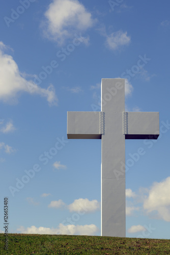 White Cross Vertical