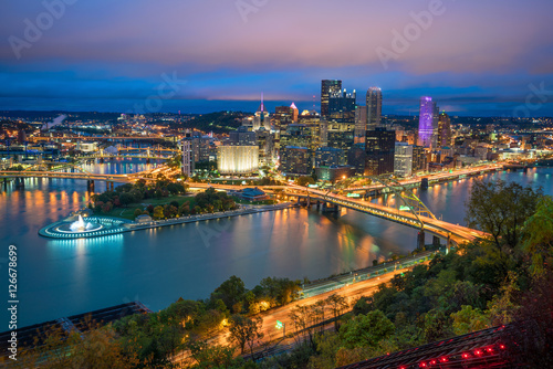 Aluminium Prints Los Angeles View of downtown Pittsburgh