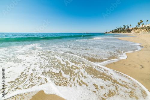 Turquoise water in Laguna Beach