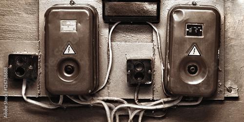 Fotografia  Old voltage switches