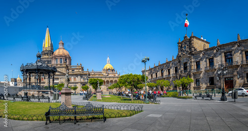 Mexique Guadalajara Cathedral and State Government Palace - Guadalajara, Jalisco, Mexico