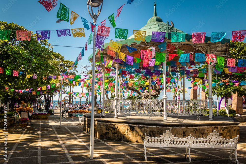 Fototapety, obrazy: Main square - Puerto Vallarta, Jalisco, Mexico