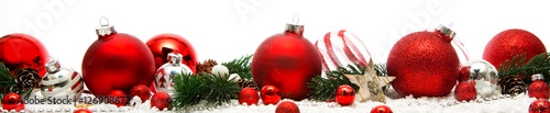Photo  Christmas white background with christmas balls and decoration