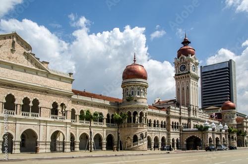 Foto auf Gartenposter Kuala Lumpur Sultan Abdul Samad Building in Kuala Lumpur