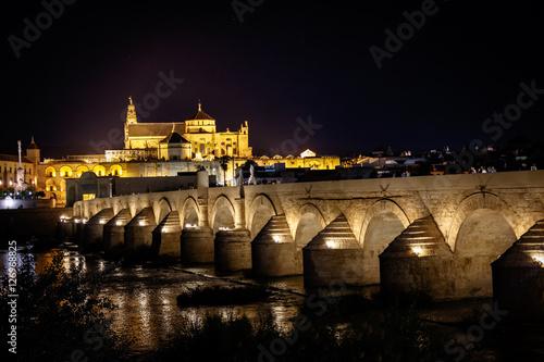 Mezquita de Córdoba desde puente romano