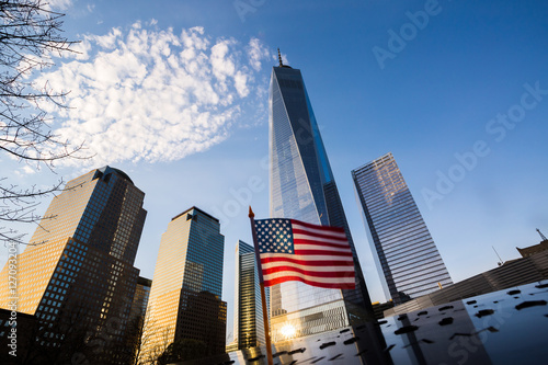 Photo Stands New York City One World Trade Center