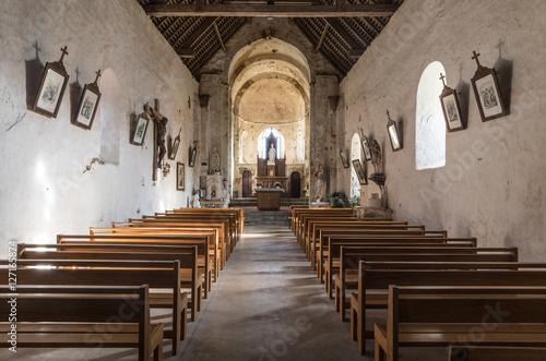 Fotografie, Obraz  L'intérieur de l'Église Saint-Nicolas de Saint-Nicolas-de-Brem
