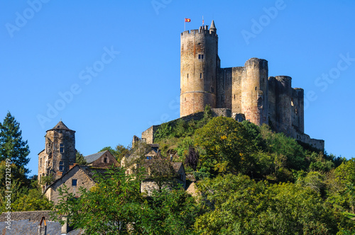 Deurstickers Kasteel Medieval castle in Najac, Aveyron (France)