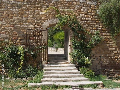 Jardin romantique – kaufen Sie dieses Foto und finden Sie ...