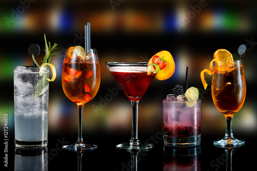 Poster de jardin Bar Cocktails drinks alcoholic mix