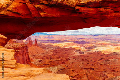 Foto op Canvas Rood traf. Mesa Arch, Canyonlands National Park near Moab, Utah, USA