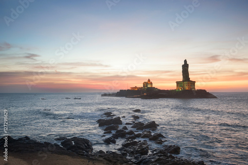 Fotografie, Obraz  People greet the sunrise in Kanyakumari the southernmost point of the Indian sub