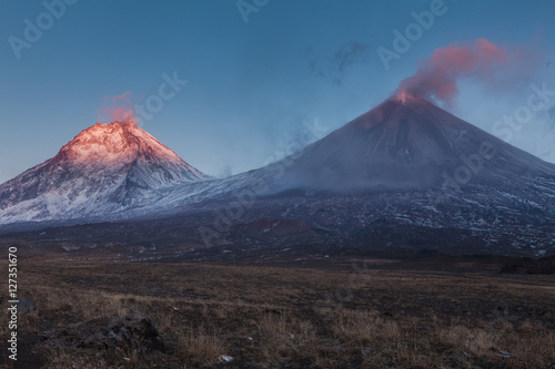 Photo sur Toile Volcan Eruption. Klyuchevsoy volcano.
