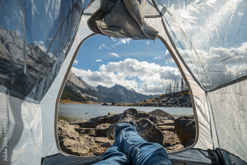 Foto op Plexiglas Kamperen Camping Next To Medicine Lake