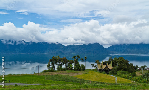 Deurstickers Indonesië Maninjau Lake Indonesia