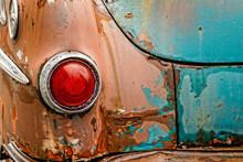 Rusting Beautifully - 1952 Pon...