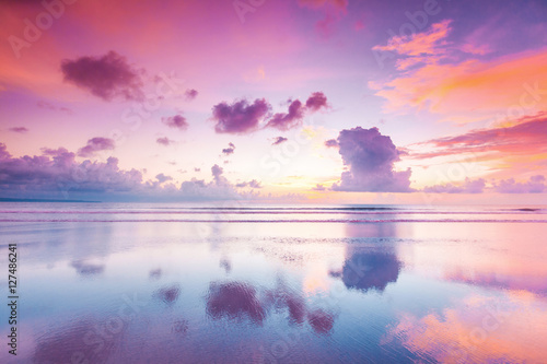Spoed Foto op Canvas Zee zonsondergang Sunset over sea on Bali
