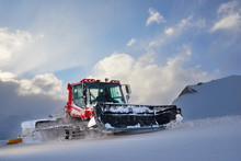 Snowcat Rides To Work In The E...
