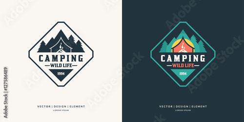 Camping and outdoor adventure retro logo. Fototapete