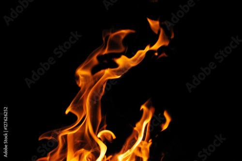 Zdjęcie XXL palenie ognia płomień na czarnym tle