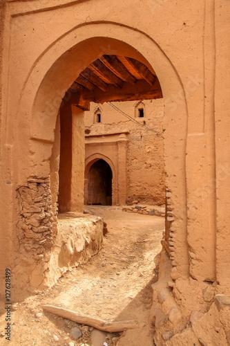 Fototapeta Entrance to kasbah obraz na płótnie
