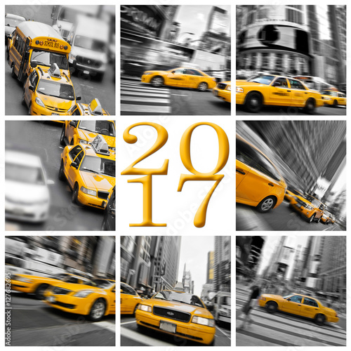 Foto op Plexiglas New York TAXI 2017 yellow taxis in New York square greeting card