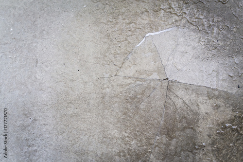 Photo Grunge concrete cement wall with crack in Home Loft Style, great for your design and texture background