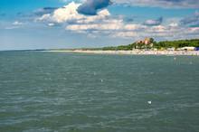 Leva\s Beach