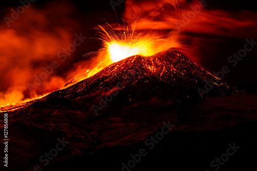 Autocollant pour porte Volcan Etna eruption - Catania, Sicily