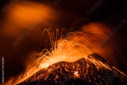 Staande foto Vulkaan Etna eruption - Catania, Sicily