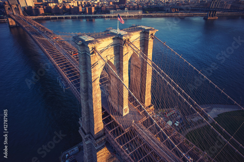 Tuinposter Brooklyn Bridge Brooklyn Bridge trom top - aerial view with East river. Background image. Taken from Brooklyn.