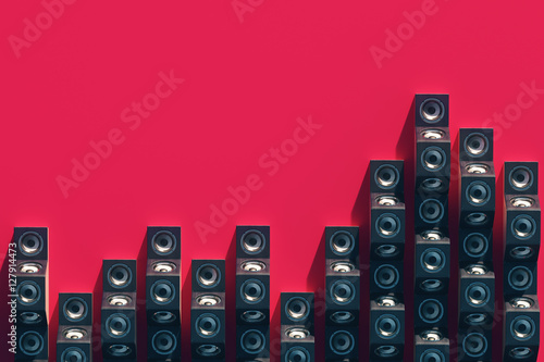 Fotografía  Stylish equalizer from the music speakers in the isometric view