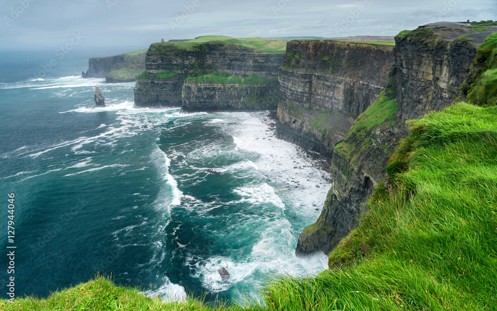 Fototapety, obrazy: Spectacular view of famous Cliffs of Moher and wild Atlantic Ocean, County Clare, Ireland.