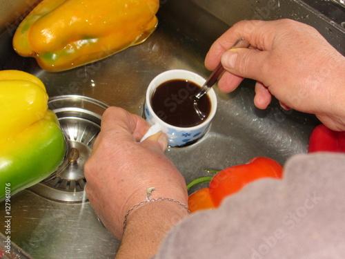 Fotografia  Raffreddare peperoni e caffè