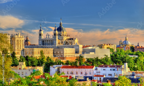 Foto op Aluminium Madrid View of the Almudena Cathedral in Madrid, Spain