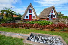 Traditional Cottages In Santan...