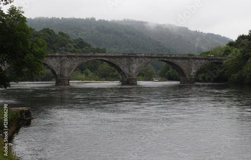In de dag Brug Old Stone Bridge