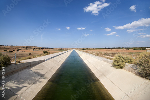 Photo sur Toile Canal Irrigation Canal