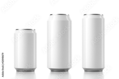 Photo  Three Aluminum Can Mockup in different sizes. 3d rendering