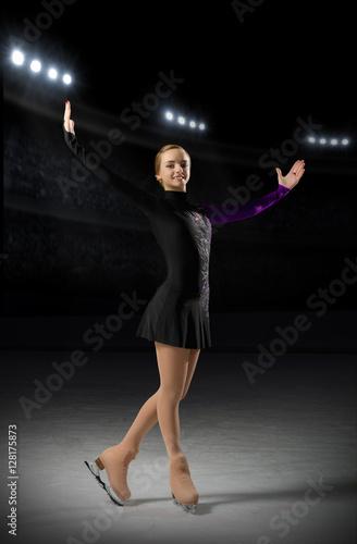 Spoed Foto op Canvas Stadion Young girl figure skater
