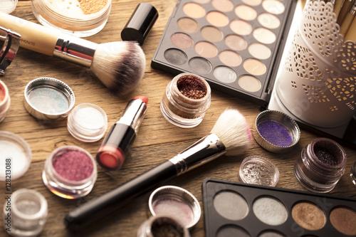 make-up-artist-theme-rozne-produkty-do-makijazu