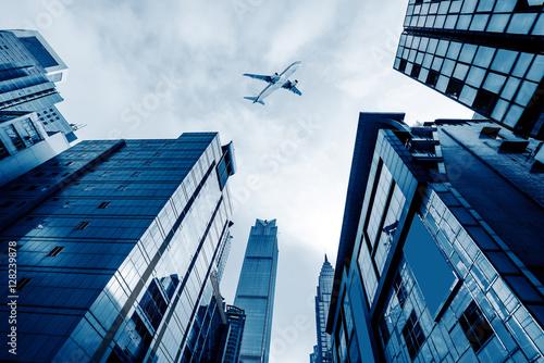 Fotomural Aeronaves en el cielo de Shanghai