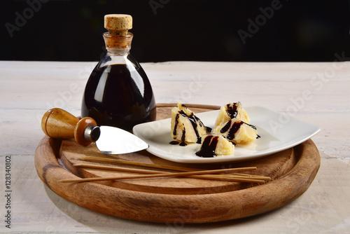 Aceto balsamico con parmigiano