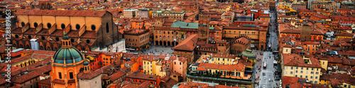 Tela  Aerial view of Bologna, Italy at sunset
