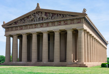 Parthenon Replica At Centennial Park In Nashville, TN.