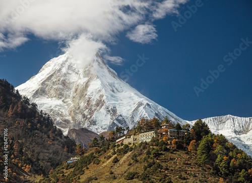 Fotografia  Manaslu mount. Himalayas, Nepal.
