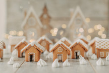 Gingerbread Houses And Meringue
