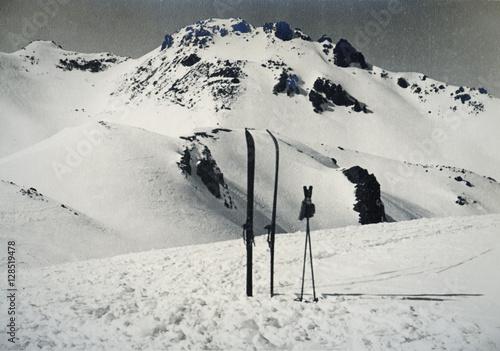 Poster  ski and poles on Sorel Pass, Italy 1939