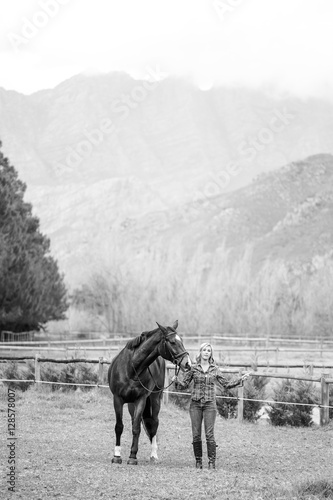 Fototapety, obrazy: Beautiful elegance back woman cowgirl, riding a horse wearing bl
