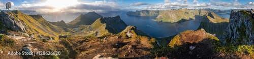 Stickers pour porte Scandinavie Panoramic View from Husfjellet Mountain on Senja Island, Norway